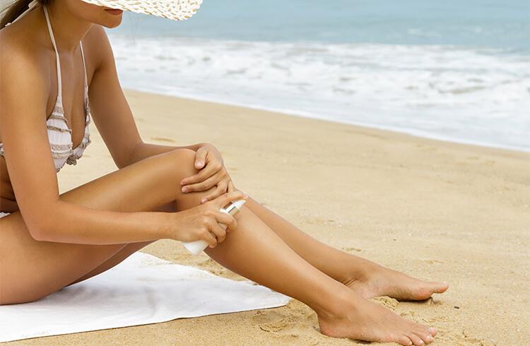 10 прости съвета при слънчево изгаряне за успокояване на вашата кожа